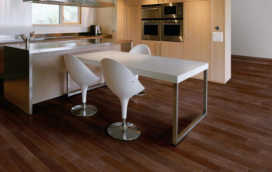 pisos para baos imitacion maderasuelo ceramico con efecto madera es ideal para banos y cocinas el de pisos para baos imitacion madera