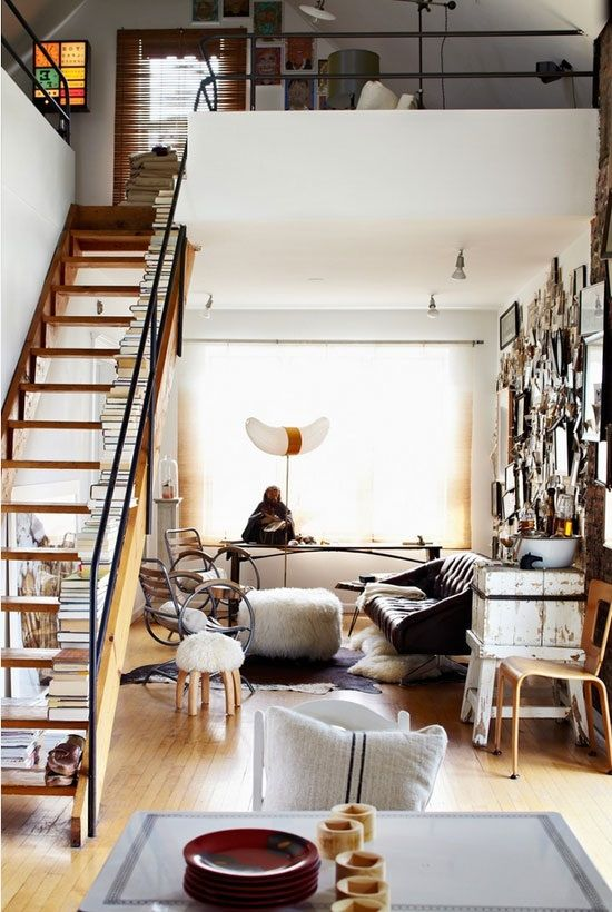 Escaleras adaptadas a espacios peque os como estudios o for Escaleras de duplex