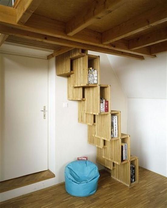 Escaleras adaptadas a espacios peque os como estudios o for Escaleras en poco espacio