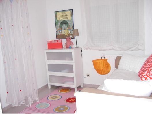 dormitorio infantil con tintin