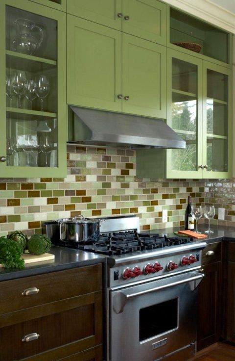 600x921xColorful-Kitchen-22-1-Kindesign.jpg.pagespeed.ic.fNRBR_eKxW