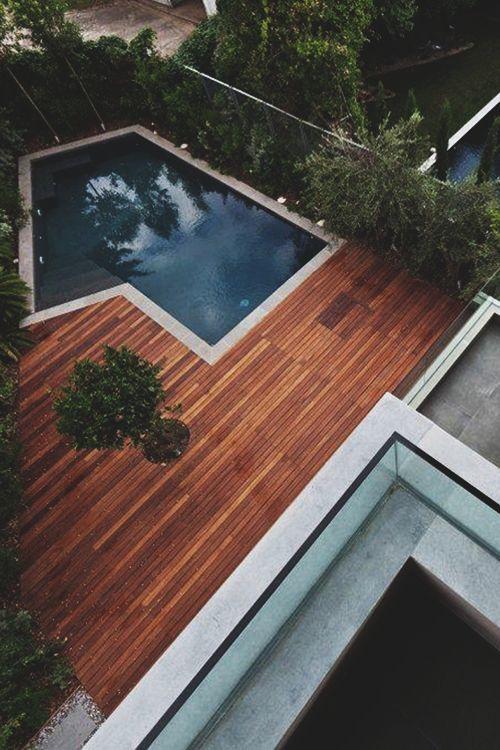 C mo decorar un patio con piscina nova te asesora - Como decorar un patio exterior ...