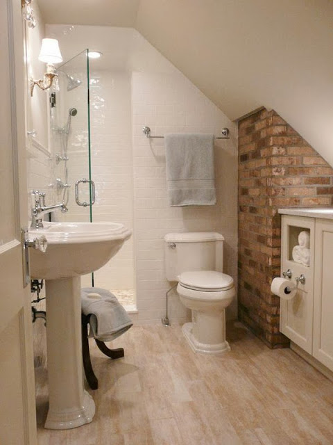 28-small-bathroom